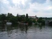 Pražský hrad z hladiny Vltavy