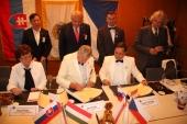 Podpis protokolu o další spoluprávi V4
